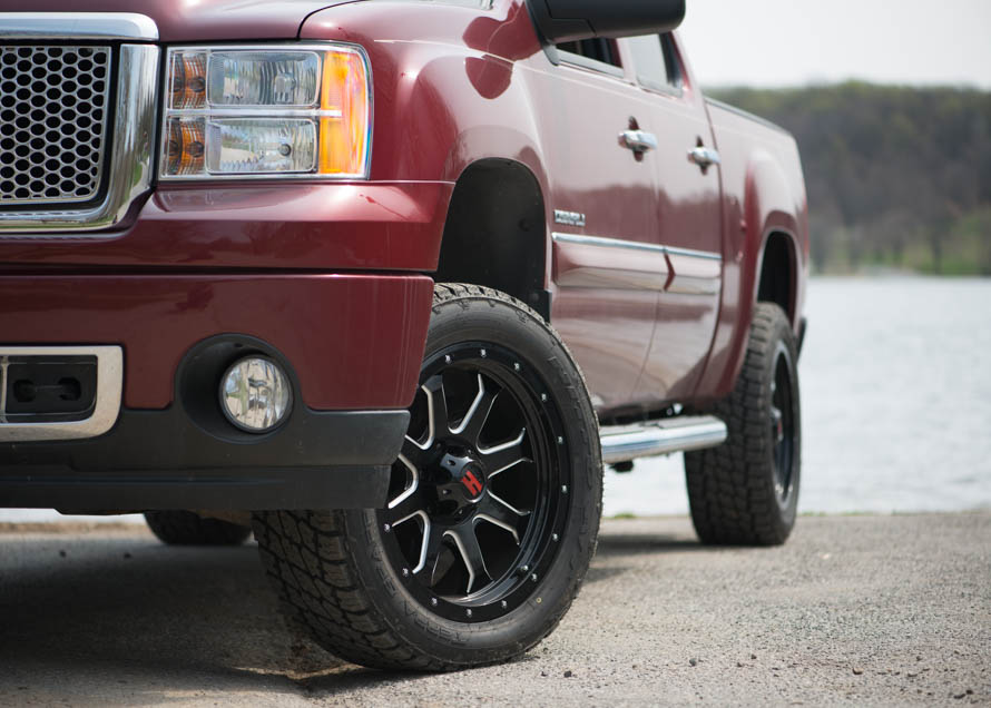 A Guide To Gmc Sierra Tires Americantrucks