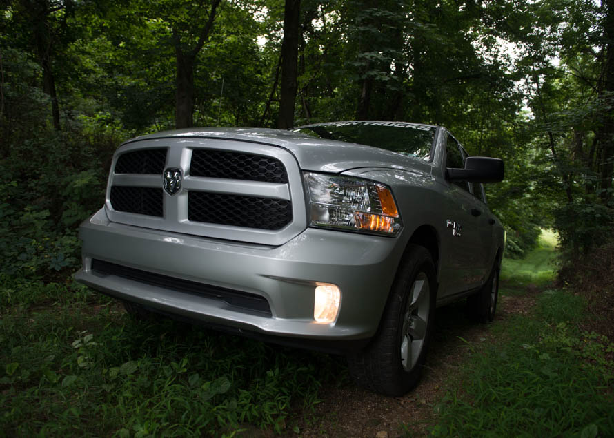 Add Performance And A Y Look To Your Ram 1500 With Pair Of Ultra Bright Aftermarket Headlights